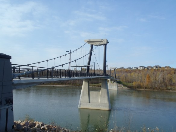 The Fort Edmonton Footbridge, Edmonton's first suspension bridge: a granidiose structure for the amount of traffic it likely gets.